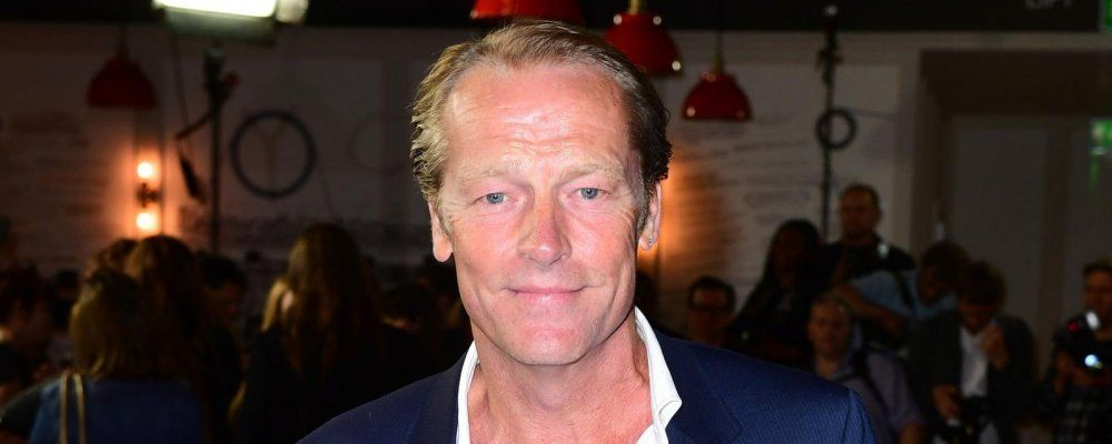 Titans 2, la seconda stagione al via con Iain Glen nei panni di Batman