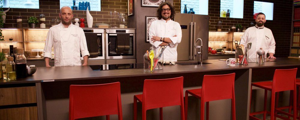 Alessandro Borghese Kitchen Duel sfida tra cuochi dilettanti