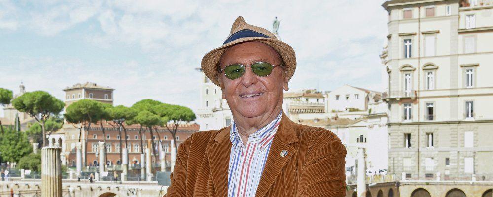 """No non è la Bbc, Renzo Arbore: """"Così raccontiamo Gianni Boncompagni"""""""