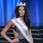 Miss Italia 80 è Carolina Stramare, terza Sevmi Tharuka Fernando: tutte le fasce