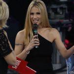 """Amici Celebrities trasloca al mercoledì: """"Al timone Michelle Hunziker"""""""
