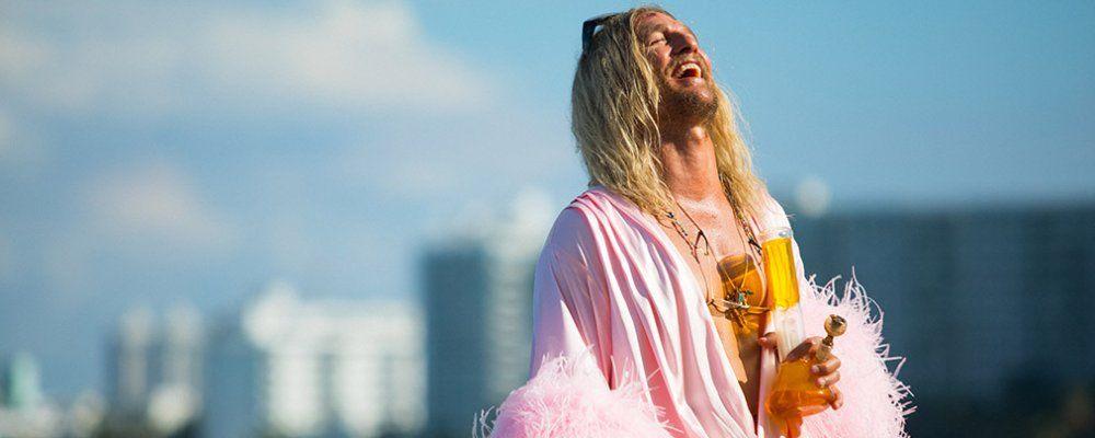 The Beach Bum, Matthew McConaughey oltre il limite della festa