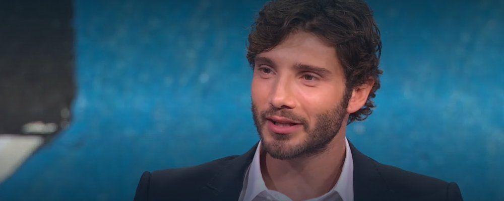 Stefano De Martino al fianco dell'UNICEF nella campagna contro il COVID-19