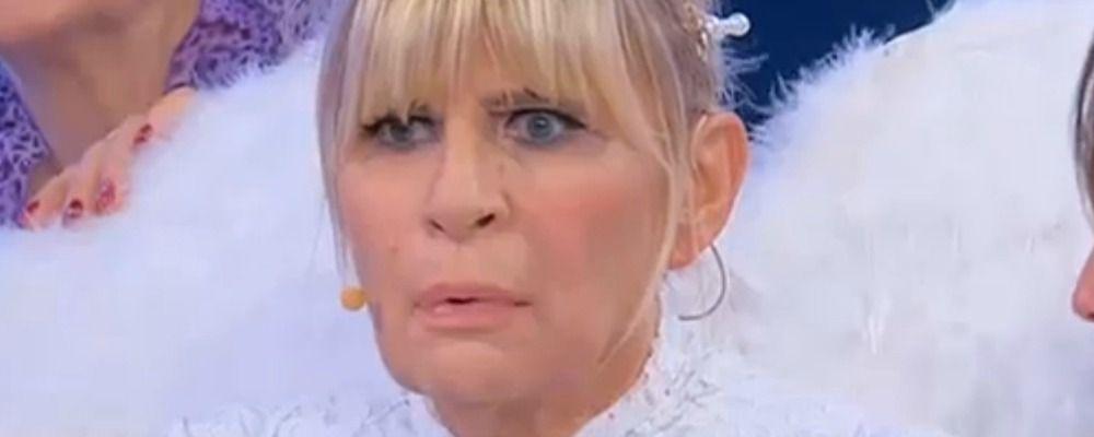 Uomini e donne trono over: Gemma Galgani in lacrime per la segnalazione su Juan Luis