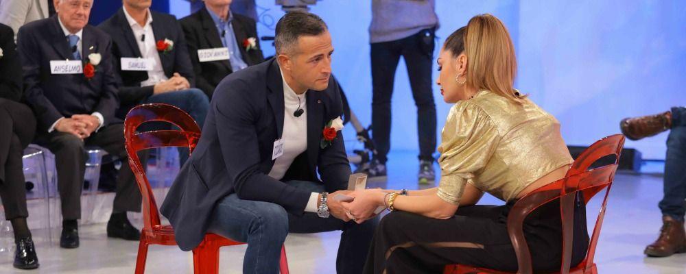 Uomini e donne trono over, Riccardo: 'Vuoi sposarmi?', Ida reagisce in modo inaspettato