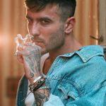 """Sanremo 2020, Foa: """"Junior Cally scelta eticamente inaccettabile"""""""