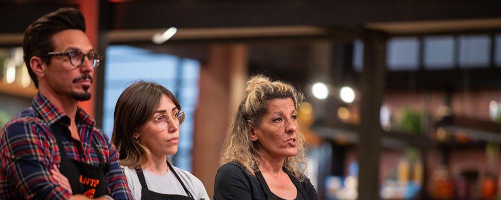 """Masterchef, eliminata Annamaria, ma gli chef, commossi, la prendono d'esempio: """"Imparate a collaborare"""""""