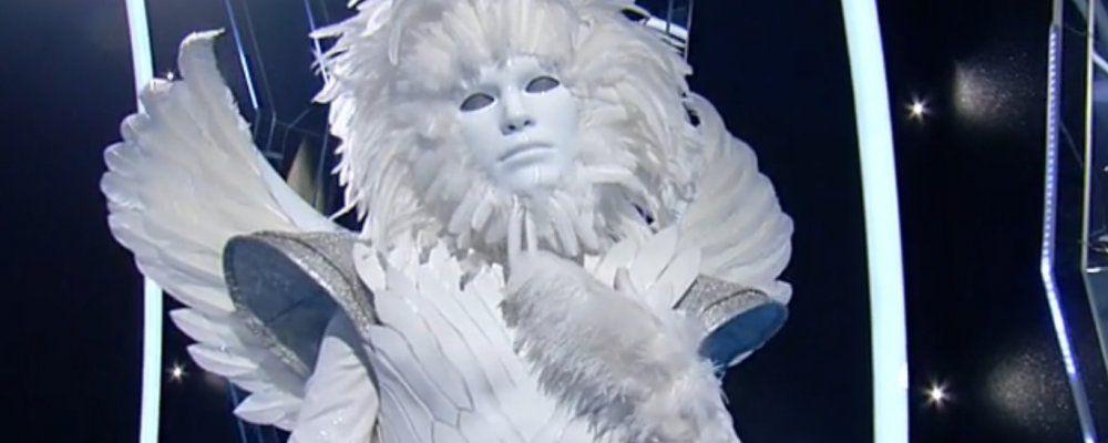 Chi è l'Angelo del Cantante mascherato? Gli indizi e il sospetto: è Valerio Scanu