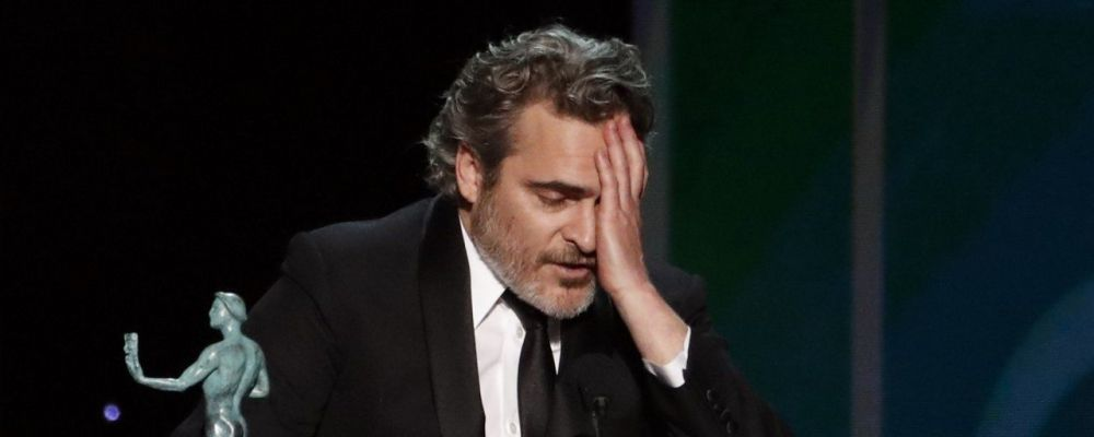 Joaquin Phoenix e l'omaggio a Heath Ledger ai SAG Awards