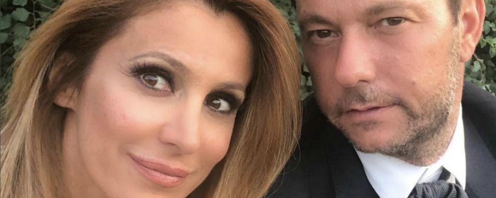 Adriana Volpe e il marito non si seguono più su Instagram? Allarme e autocensure tra i fan