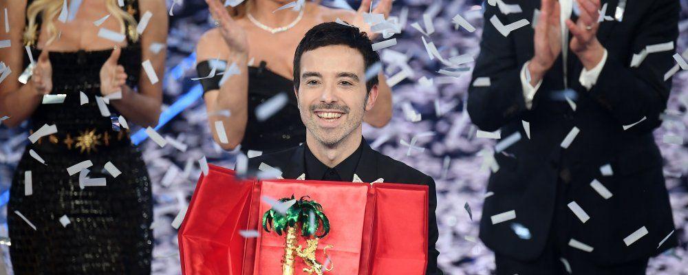 """Sanremo 2020, Sky si scusa per lo spoiler. Fiorello: """"Riprovevole"""""""