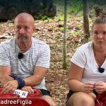 Pechino Express 2020, prima puntata: eliminati Marco Berry e la figlia dopo un brutto litigio