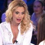 Verissimo, Valeria Marini: 'A Natale ho bussato alla sua porta ma non mi ha mai aperto'