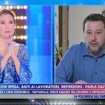 Live, Barbara d'Urso e Matteo Salvini recitano l'Eterno riposo in diretta: le reazioni del web