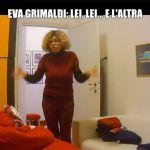 Eva Grimaldi trova Imma Battaglia a letto con una suora: il malvagio scherzo de Le Iene