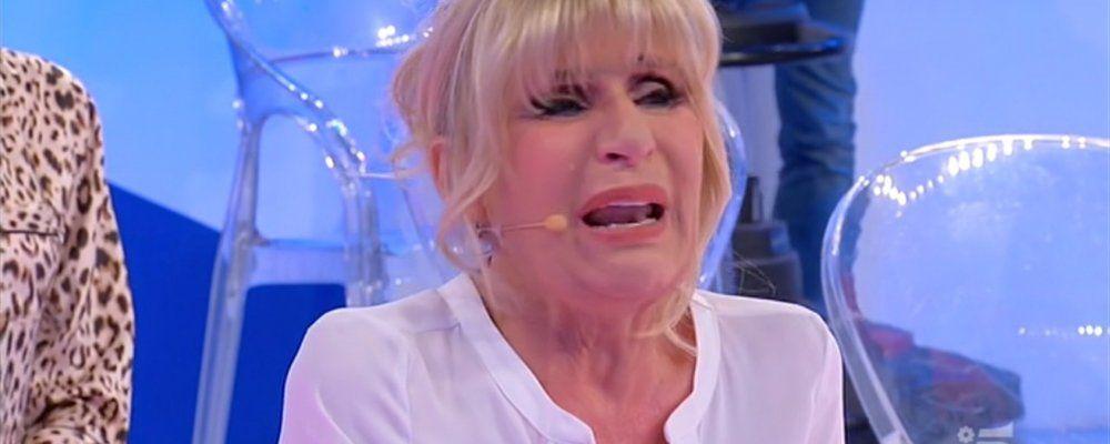 Uomini e donne Trono Over ai tempi del Coronavirus, Gemma piange in uno studio semivuoto