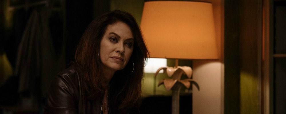 Vivi e lascia vivere, Laura sola contro tutti: anticipazioni quarta puntata con Elena Sofia Ricci