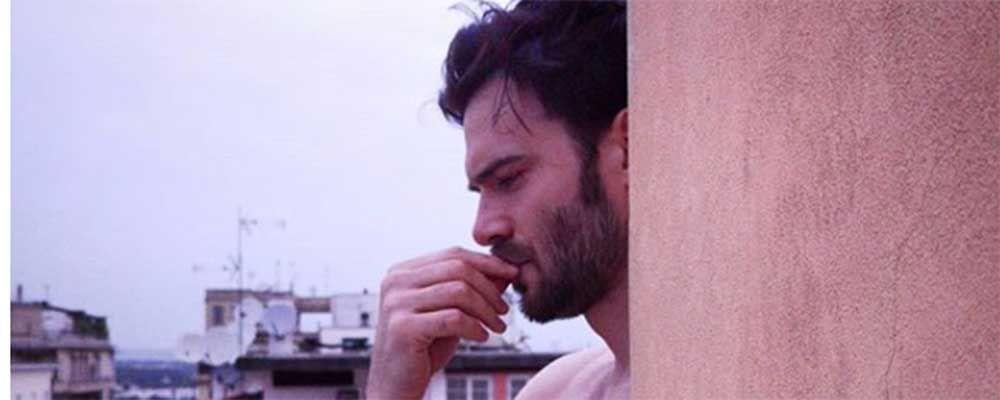 Giulio Berruti vittima di bullismo: 'Buttato nel cassetto dell'immondizia'