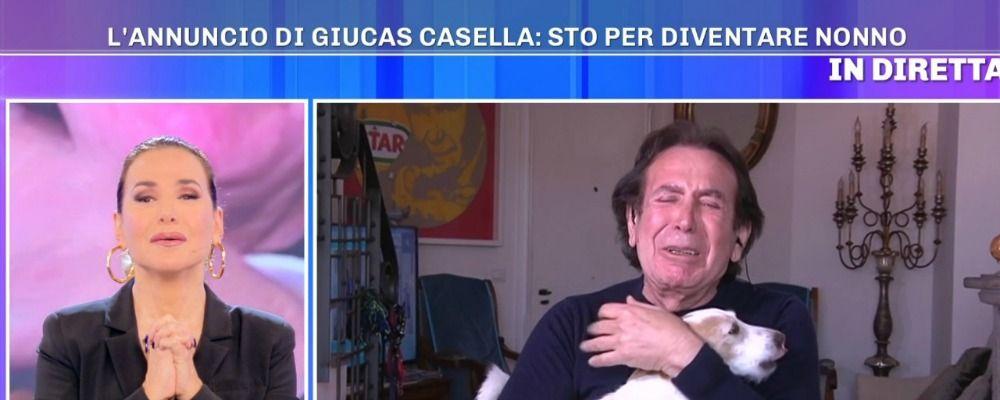 Giucas Casella in lacrime: 'Divento nonno'