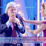 Live, Barbara d'Urso sgrida Vittorio Sgarbi: 'Mi hai messo a rischio'