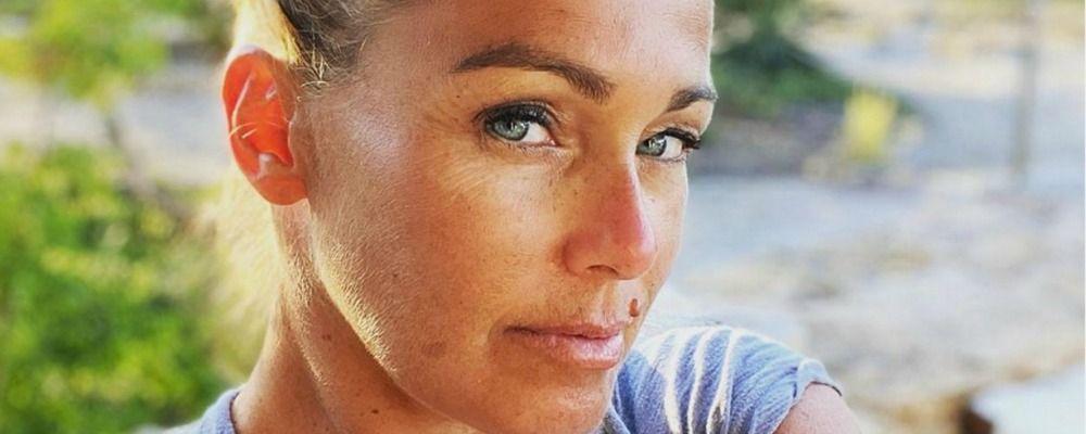 Sonia Bruganelli: 'Sono stanca, ho preso il sole'. Bufera sulla moglie di Paolo Bonolis