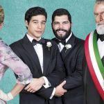 Puoi baciare lo sposo, Cristiano Caccamo e Salvatore Esposito innamorati a Berlino ma sposi in Italia