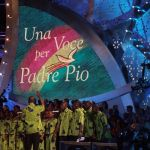 Una voce per Padre Pio 2020, conducono Flavio Insinna, Nino Frassica e Nathalie Guetta