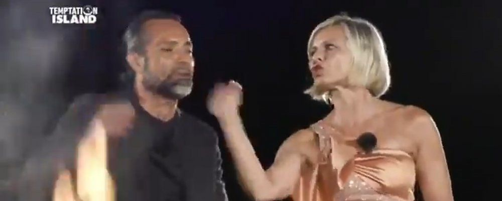 Temptation Island 2020, Antonella Elia e lo schiaffo al falò finale con Pietro Delle Piane