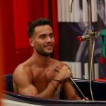 Grande Fratello Vip 5, la doccia sexy di Pierpaolo Pretelli