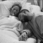 John Legend e Chrissy Teigen hanno perso il terzo figlio: le foto strazianti
