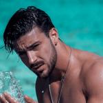 Nicola Vivarelli dice addio a Uomini e Donne e lascia l'Italia