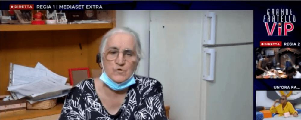 GFVip: la signora Roberta fa irruzione nella casa, ma è un errore della regia