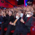 Maurizio Costanzo, polemiche sullo show in teatro ma 'c'è il plexiglass'