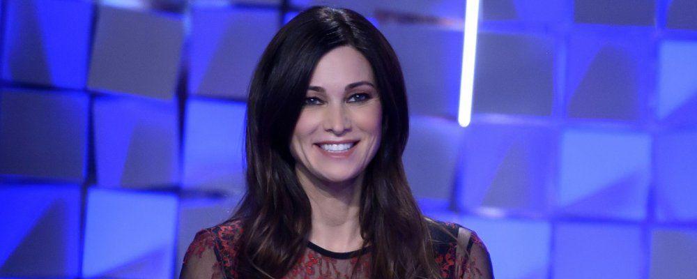 Manuela Arcuri a Verissimo 'Con Garko una storia vera, ero innamorata'