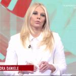 Aggredito operatore di Storie Italiane, Eleonora Daniele: 'Pestato a sangue, nessuno lo ha aiutato'