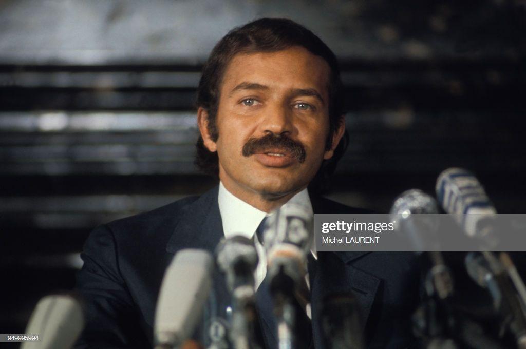 Portrait d'Abdelaziz Bouteflika lors d'une conférence de presse, circa 1970, à Paris, France. (Photo by Michel LAURENT/Gamma-Rapho via Getty Images)