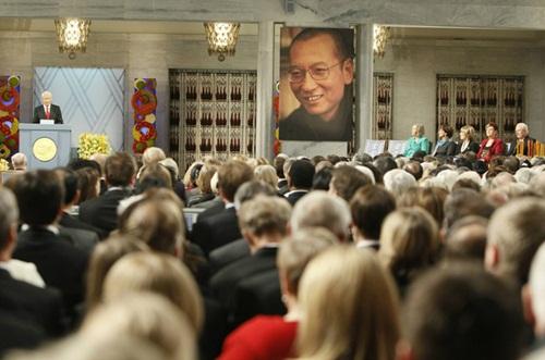 Il mondo ogni settimana: Nobel in absentia, Jihad in Svezia, accordo sul clima
