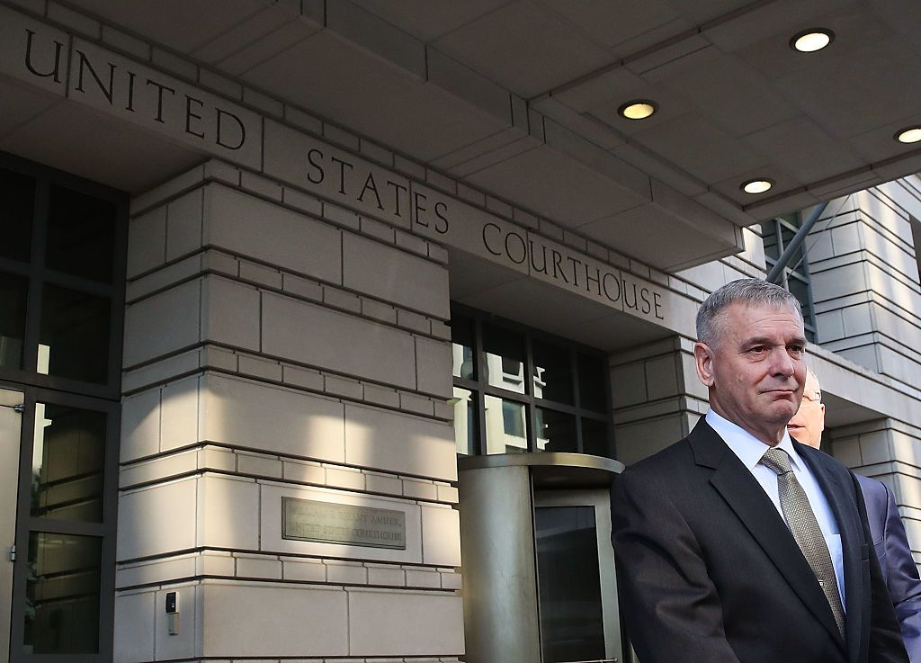WASHINGTON, DC - OCTOBER 17:  Retired Marine Gen. James Cartwright, leaves US District Court, October 17, 2016 in Washington, DC. Cartwright pleaded guilty to making false statements during a federal investigation.  (Photo by Mark Wilson/Getty Images)