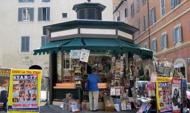 2005_newsstand_Rome_17814922