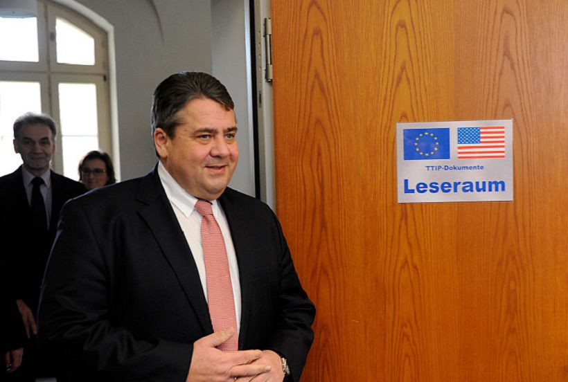 Federal Minister of Economics and Energy, Sigmar Gabriel (SPD) speaks during the opening of the reading room TTIP on 01/28/2016 at the Federal Ministry of Economics and Technology in Berlin, Germany in front of journalists present. From 1 February, all members of the Bundestag and Bundesrat members to gain an insight into the negotiation documents on the Transatlantic Trade and Investment Partnership (TTIP) between the EU and the US in the space. (Photo by Markus Heine/NurPhoto) (Photo by NurPhoto/NurPhoto via Getty Images)