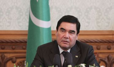 KABUL, AFGHANISTAN-AUGUST 27: Turkmenistan's President Gurbanguly Berdymukhamedov  speaks during a press conference at the Presidential Palace in Kabul on August 27, 2015. (Photo by Haroon Sabawoon/Anadolu Agency/Getty Images)