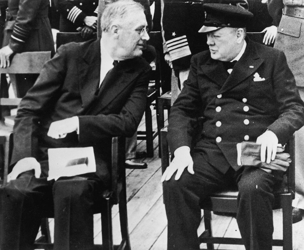 Roosevelt e Churchill  a bordo della Prince of Wales. Credits: Fox Photos/Hulton Archive/Getty Images.
