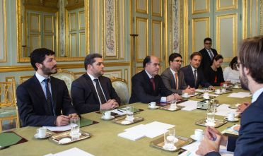Venezuelan opposition leader, Roberto Patino (L), President of the Venezuelan parliament, Julio Borges (3rdL) and his vice president, Freddy Guevara (4thL) meet with France's President on September 4, 2017 at the Elysee Palace in Paris. / AFP PHOTO / POOL / Thibault Camus        (Photo credit should read THIBAULT CAMUS/AFP/Getty Images)