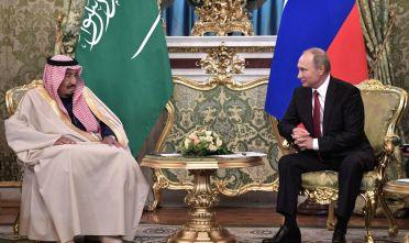 Russian President Vladimir Putin (R) meets with Saudi Arabia's King Salman bin Abdulaziz Al Saud at the Kremlin in Moscow on October 5, 2017. / AFP PHOTO / SPUTNIK / Alexey NIKOLSKY        (Photo credit should read ALEXEY NIKOLSKY/AFP/Getty Images)