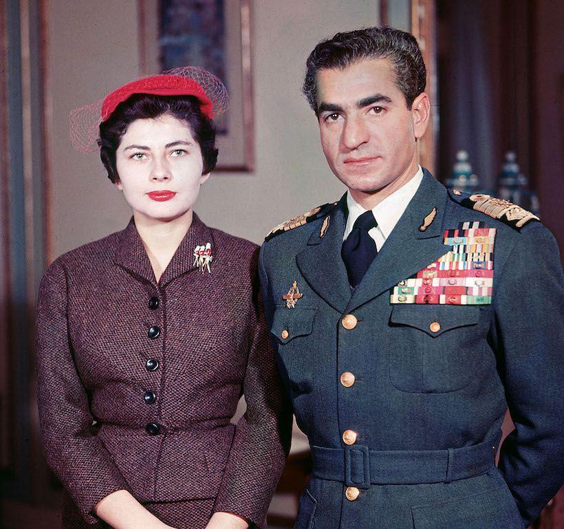 Lo Scià di Persia Mohammad Reza Pahlavi con la moglie Soraya (Foto Getty Images).