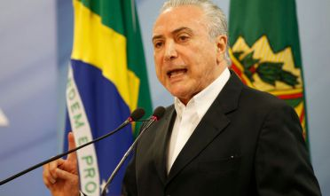 BRASILIA, BRAZIL - MAY 20:  Brazilian President Michel Temer delivers a new statement following the release of a tape allegedly demonstrating him condoning bribery payments to Chamber of Deputies President Eduardo Cunha on May 20, 2017 in Brasilia, Brazil. The release of the recording has sent another political shockwave through the country with leftists calling for Temer's impeachment and new elections.