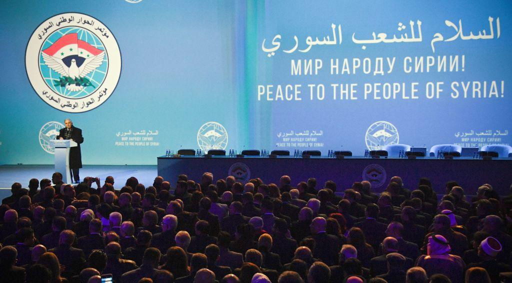 Una scena della sessione plenaria del Congresso del dialogo nazionale siriano a Sochi, 30 gennaio. Foto di: ALEXANDER NEMENOV/AFP/Getty Images