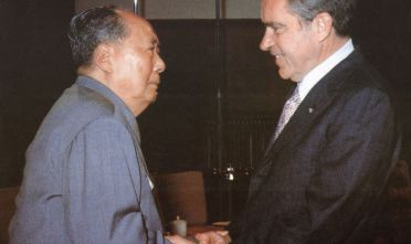 Mao Zedong e Richard Nixon a Pechino (Foto: AFP/Getty Images).