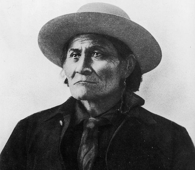 Geronimo (Foto di F. A. Rinehart/Hulton Archive/Getty Images)