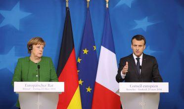 Merkel e Macron al summit europeo del 23 marzo 2018 (Foto: LUDOVIC MARIN/AFP/Getty Images).
